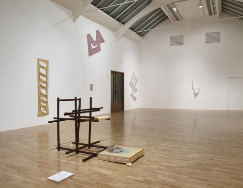 Richard Tuttle, I Dont Know. The Weave of Textile Language installation view 2014. Photo credit Stephen White