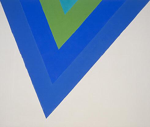 "Kenneth Noland, ""Trans Shift"", 1964, acrylic resin on canvas, 100 x 113.5 inches (254 x 288.3 cm), Art Estate of Kenneth Noland/Licensed by VAGA, New York, N.Y."