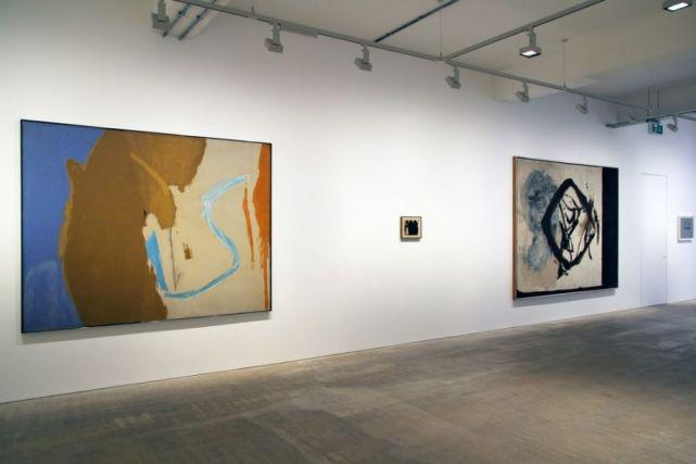 Installation, Robert Motherwell at Bernard Jacobson Gallery, London
