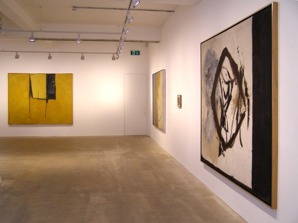 Robert Motherwell, installation at Jacobson Gallery