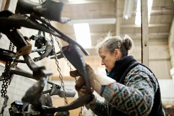 """Katherine Gili working on """"Ripoll"""", 2016"""